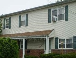 Bank Foreclosures in LINDENHURST, NY