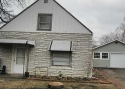 Bank Foreclosures in VERMILION, OH