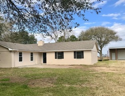 Bank Foreclosures in EL CAMPO, TX