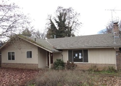 Bank Foreclosures in ROGUE RIVER, OR