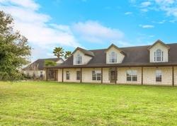 Bank Foreclosures in FALLS CITY, TX