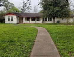 Bank Foreclosures in YOAKUM, TX