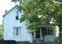 Bank Foreclosures in FREEPORT, IL