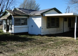 Bank Foreclosures in HOLCOMB, MO