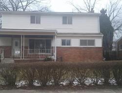 Bank Foreclosures in GARDEN CITY, MI