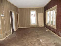 Bank Foreclosures in FOSTORIA, OH