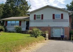 Bank Foreclosures in KNOXVILLE, TN