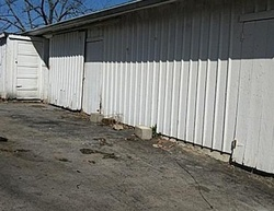 Bank Foreclosures in PAINT LICK, KY