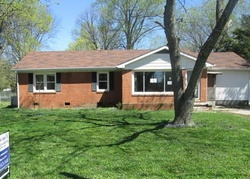 Bank Foreclosures in HOPKINSVILLE, KY