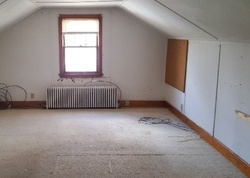 Bank Foreclosures in RENSSELAER, NY
