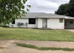 Bank Foreclosures in ROSCOE, TX