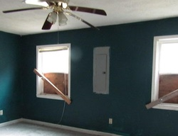 Bank Foreclosures in BARBOURVILLE, KY
