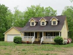 Bank Foreclosures in RAVENNA, KY