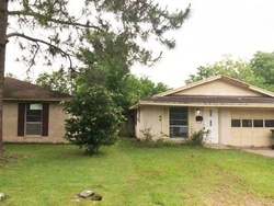 Bank Foreclosures in EL CAMPO, TX