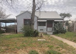 Bank Foreclosures in SWEETWATER, TX