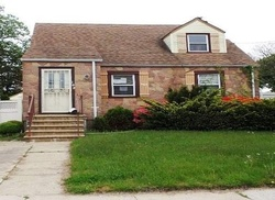 Bank Foreclosures in VALLEY STREAM, NY