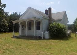 Bank Foreclosures in CHESTERFIELD, VA