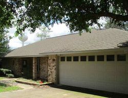 Bank Foreclosures in LINDALE, TX