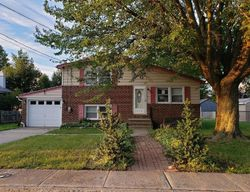 Bank Foreclosures in PENNSVILLE, NJ