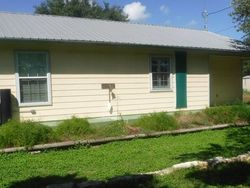 Bank Foreclosures in GOLIAD, TX