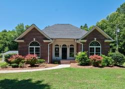 Bank Foreclosures in BLACKSTOCK, SC