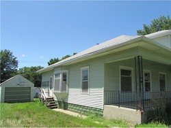 Bank Foreclosures in FALLS CITY, NE