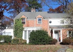 Bank Foreclosures in ROSLYN HEIGHTS, NY