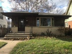 Bank Foreclosures in MILWAUKEE, WI