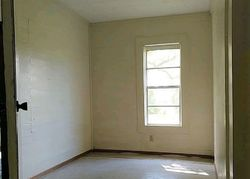 Bank Foreclosures in CARYVILLE, FL