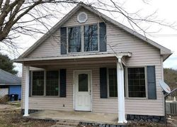 Bank Foreclosures in SANDY HOOK, KY