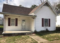 Bank Foreclosures in LIVERMORE, KY