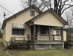 Bank Foreclosures in MELBOURNE, KY