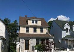 Bank Foreclosures in SAINT ALBANS, NY