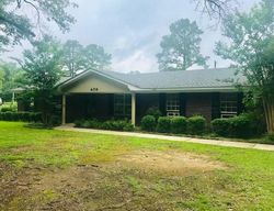 Bank Foreclosures in COLUMBUS, MS