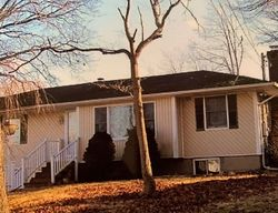 Bank Foreclosures in CENTEREACH, NY