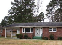 Bank Foreclosures in WAVERLY, VA