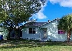 Bank Foreclosures in SAINT PETERSBURG, FL