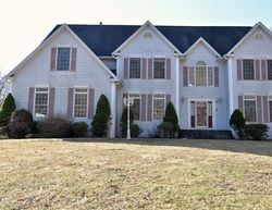 Bank Foreclosures in EAST LYME, CT